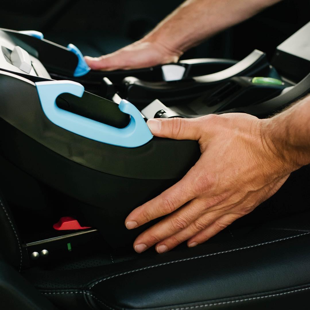 installing the the Clek Liing car seat, shop Kidsland